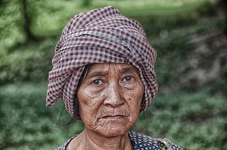 112_A_Habringer Wolfgang_Khmer Woman