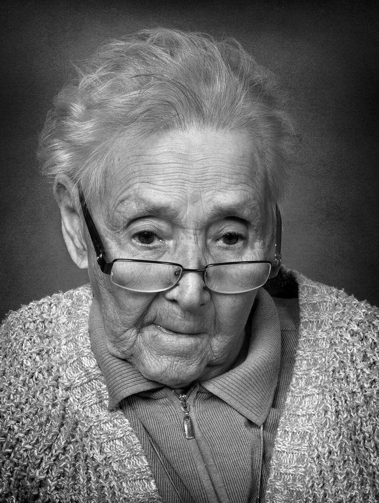 24 Punkte - Carmen Sauerbier - Die alte Dame
